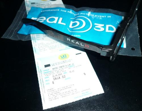 Gli occhiali reald di mostri contro alieni 3D
